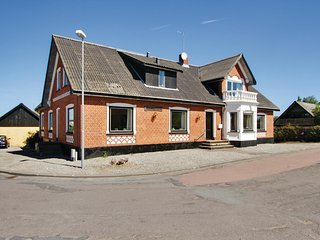 Stunning home in Ørum Djurs w/ Sauna, WiFi and 6 Bedrooms (D74324)