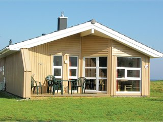 Awesome home in Friedrichskoog w/ Sauna and 2 Bedrooms (DSH602)