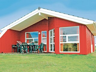 Stunning home in Friedrichskoog w/ Sauna and 3 Bedrooms (DSH609)