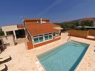 Awesome home in Sibenik w/ WiFi, 5 Bedrooms and Outdoor swimming pool