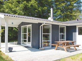 Nice home in Glesborg w/ 3 Bedrooms (D74438)