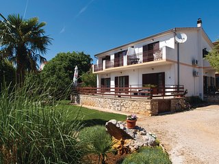 Beautiful home in Vodice w/ WiFi and 2 Bedrooms