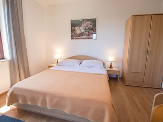 Apartments Nedjeljko (67051-A1)