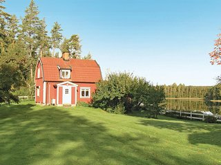 Beautiful home in Tranås w/ 3 Bedrooms