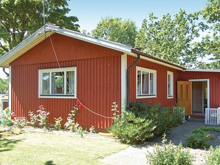 Beautiful home in Mönsterås w/ 3 Bedrooms