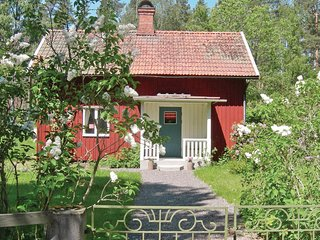 Beautiful home in Orrefors w/ 2 Bedrooms