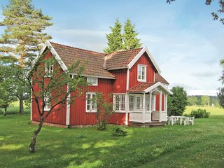 Beautiful home in Grästorp w/ WiFi and 2 Bedrooms (S07298)