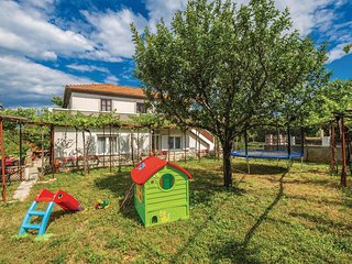 Stunning home in Dobrinj w/ WiFi and 3 Bedrooms