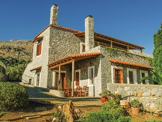 Awesome home in Agios Vasilios w/ WiFi and 5 Bedrooms