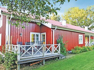 Stunning home in Svenljunga w/ WiFi and 3 Bedrooms (S07231)