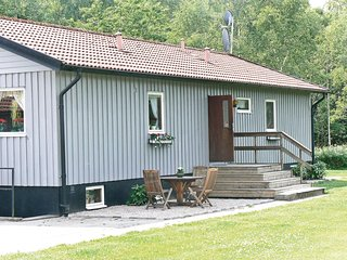 Nice home in Svenljunga w/ Sauna and 4 Bedrooms