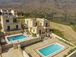 Stunning home in Chania w/ Jacuzzi, WiFi and 3 Bedrooms