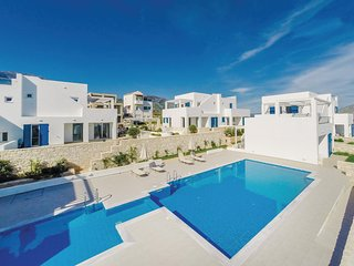 Amazing home in Chania w/ WiFi, 3 Bedrooms and Outdoor swimming pool