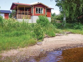 Amazing home in Gällstad w/ Sauna, WiFi and 3 Bedrooms (S07815)