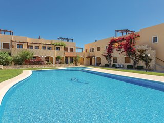 Beautiful home in Rethymno w/ WiFi, 2 Bedrooms and Outdoor swimming pool
