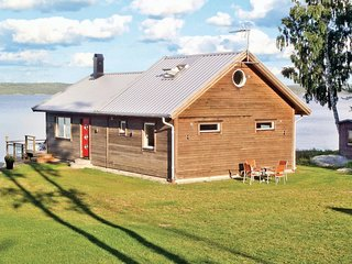 Nice home in Österbymo w/ Sauna and 2 Bedrooms