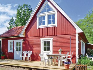 Awesome home in Vadstena w/ WiFi and 2 Bedrooms (S09100)
