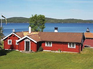 Stunning home in Österbymo w/ Sauna and 3 Bedrooms