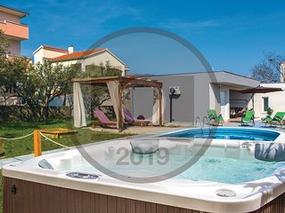 Nice home in Kastel Stafilic w/ WiFi and 3 Bedrooms