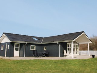Nice home in Toftlund w/ Sauna, WiFi and 4 Bedrooms (S10309)
