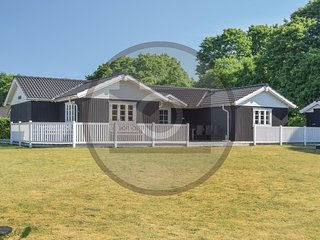 Stunning home in Toftlund w/ WiFi and 3 Bedrooms