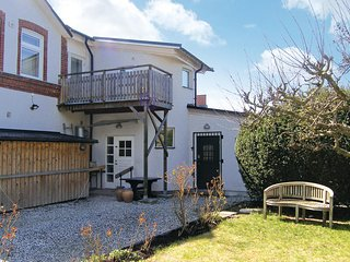 Beautiful home in Klagshamn w/ 3 Bedrooms