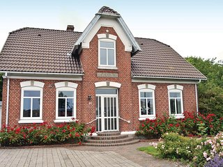 Stunning home in Bredebro w/ WiFi and 3 Bedrooms