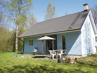 Nice home in Gärsnäs w/ 2 Bedrooms