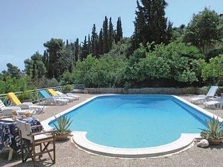 Beautiful home in Melissi Korinthos w/ 5 Bedrooms