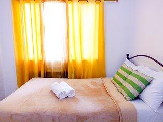 Lovely Suite at BGC Center near Burgos Circle + High Wifi