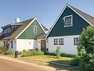Stunning home in Hollviken w/ WiFi and 2 Bedrooms
