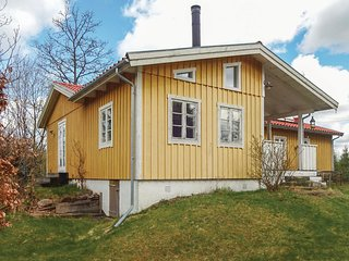 Amazing home in Skånes Fagerhult w/ WiFi and 3 Bedrooms