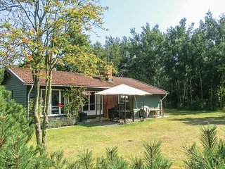 Nice home in Nybrostrand w/ 3 Bedrooms
