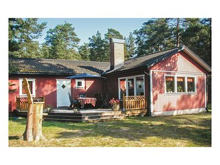 Nice home in Yngsjö w/ 3 Bedrooms