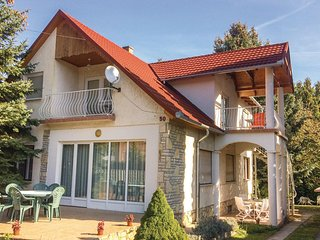 Beautiful home in Balatonföldvár w/ WiFi and 3 Bedrooms