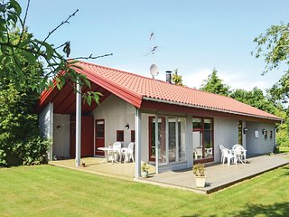 Stunning home in Idestrup w/ WiFi and 3 Bedrooms