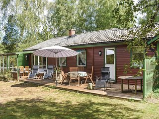 Nice home in Ludvigsborg w/ WiFi and 2 Bedrooms