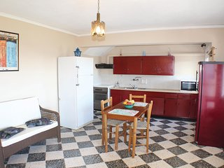 Amazing home in Aegina w/ WiFi and 2 Bedrooms