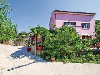 Nice home in Veli Losinj w/ 4 Bedrooms