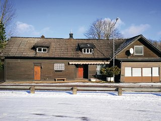 Beautiful home in Knäred w/ 6 Bedrooms