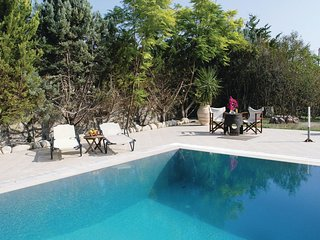 Stunning home in Agia Marina Aigina w/ Jacuzzi and 5 Bedrooms