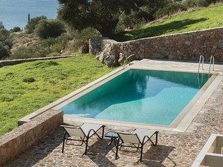 Beautiful home in Aigina Saronic Island w/ WiFi and 4 Bedrooms