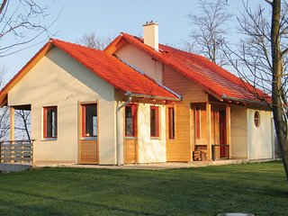 Amazing home in Szólád w/ WiFi and 4 Bedrooms