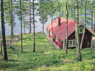 Stunning home in Hyltebruk w/ Sauna and 2 Bedrooms