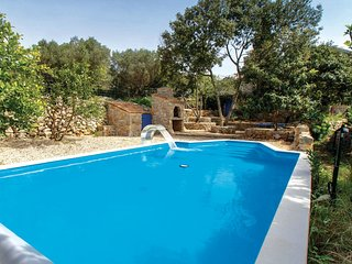 Awesome home in Veli Losinj w/ WiFi and 3 Bedrooms