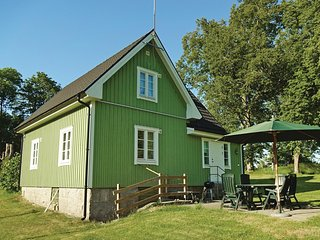 Awesome home in Kallinge w/ 2 Bedrooms