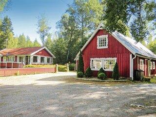 Beautiful home in Eringsboda w/ WiFi and 4 Bedrooms