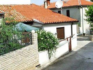 House Ana (70122-K1)