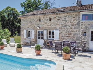 Awesome home in Augignac w/ Outdoor swimming pool and 3 Bedrooms (FAD733)