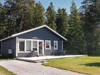 Nice home in Gotlands Tofta w/ 3 Bedrooms (S42147)